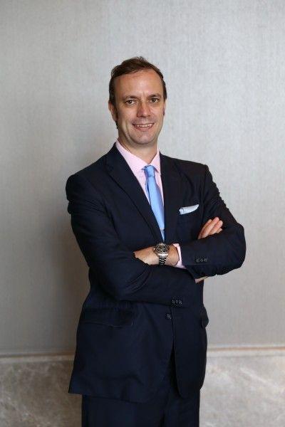 มร.เทอร์รี่ แบล็คเบิร์น ประธานกรรมการบริหาร บริษัท เอ็นไซม์ มีเดีย จำกัด