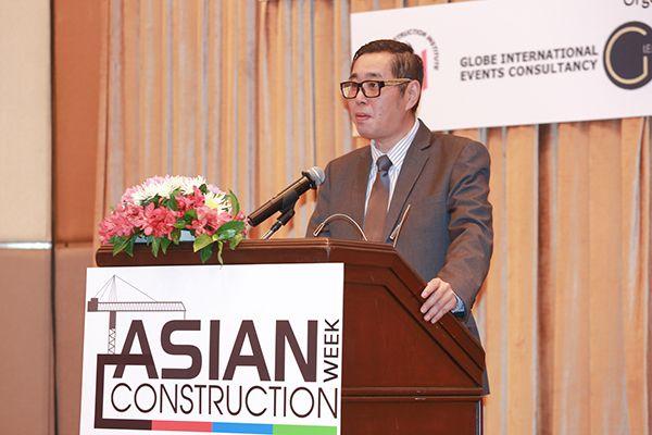 คุณลอยจุนฮาว ผู้จัดการทั่วไป บริษัท อิมแพ็ค เอ็กซิบิชั่น แมนเนจเม้นท์