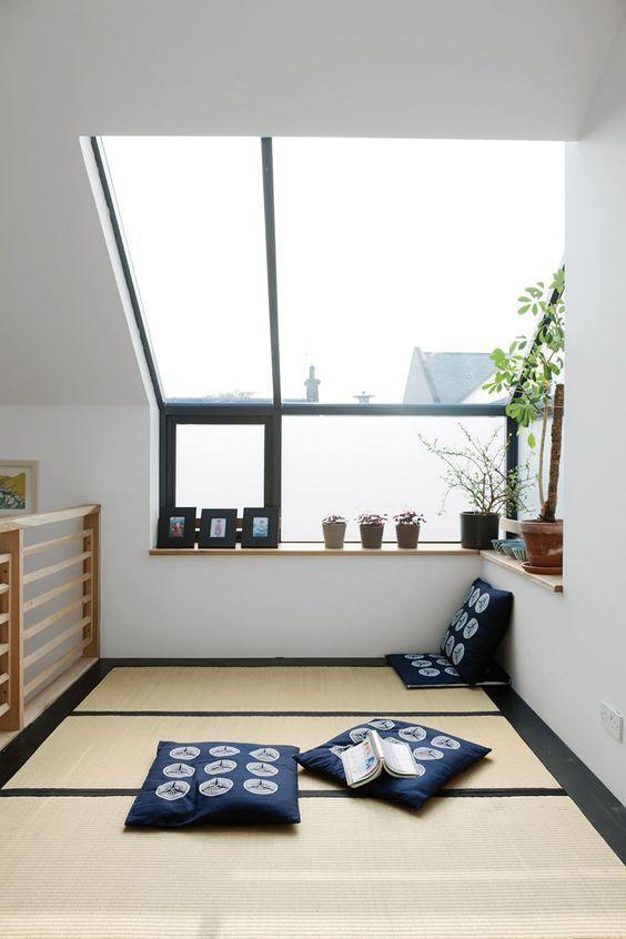 ไอเทมยอดฮิตสำหรับแต่งห้องสไตล์ญี่ปุ่น เสื่อ เบาะ หมอนอิง โต๊ะเล็ก