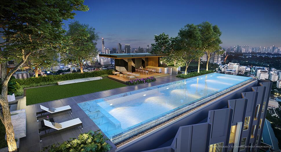 """สระว่ายน้ำ โครงการ คอนโด สามย่าน มิตรทาวน์ """"Triple Y Residence"""""""