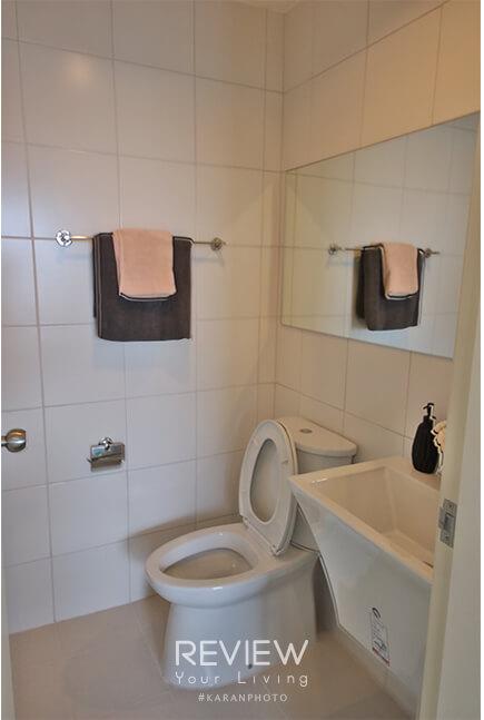 คอนโด Aspire Ngamwongwan ห้องน้ำของ Type B