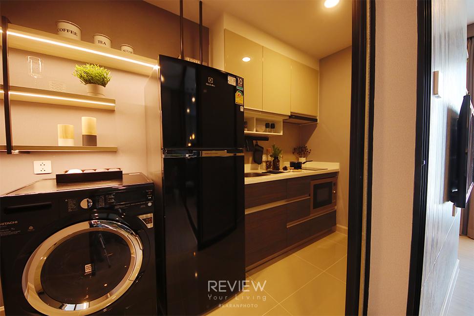 ห้องครัวปิด ของห้อง 1 Bedroom คอนโด Supalai Lite Thaphra Wongwianyai