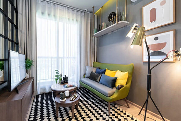 ภาพบรรยากาศ ห้อง Living Room โครงการ เมทริส พัฒนาการ–เอกมัย