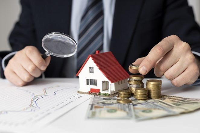 House Investments Elements Assortment